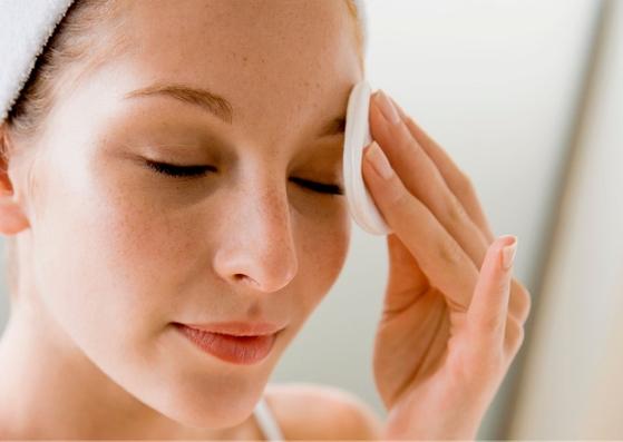 Natuurlijke make-up remover met oranjebloesem