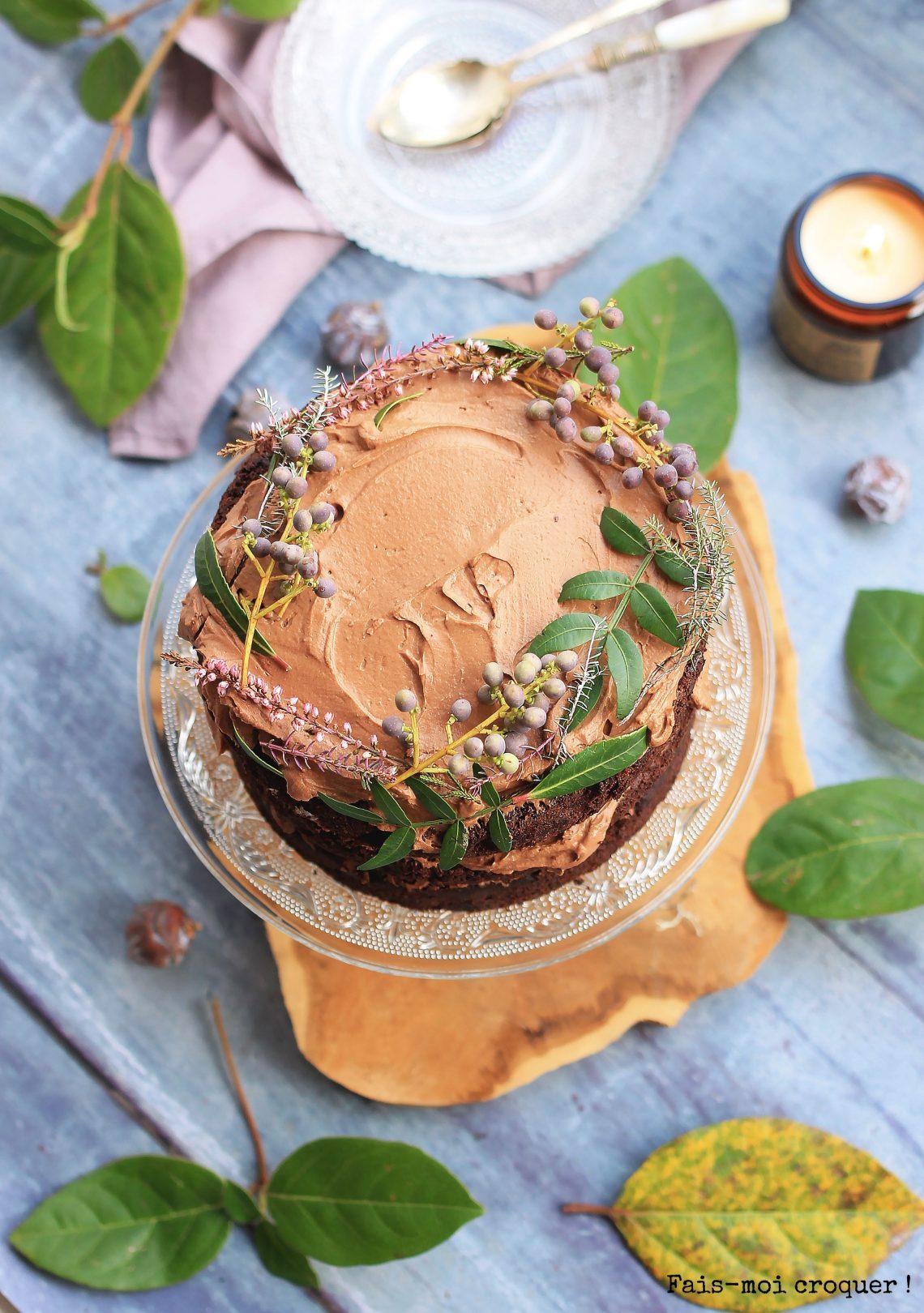 Vegan chocolade, hazelnoot & karamel cake