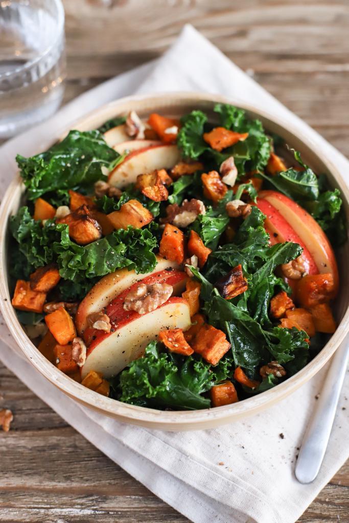 Kale salad with sweet potato, apple and walnuts