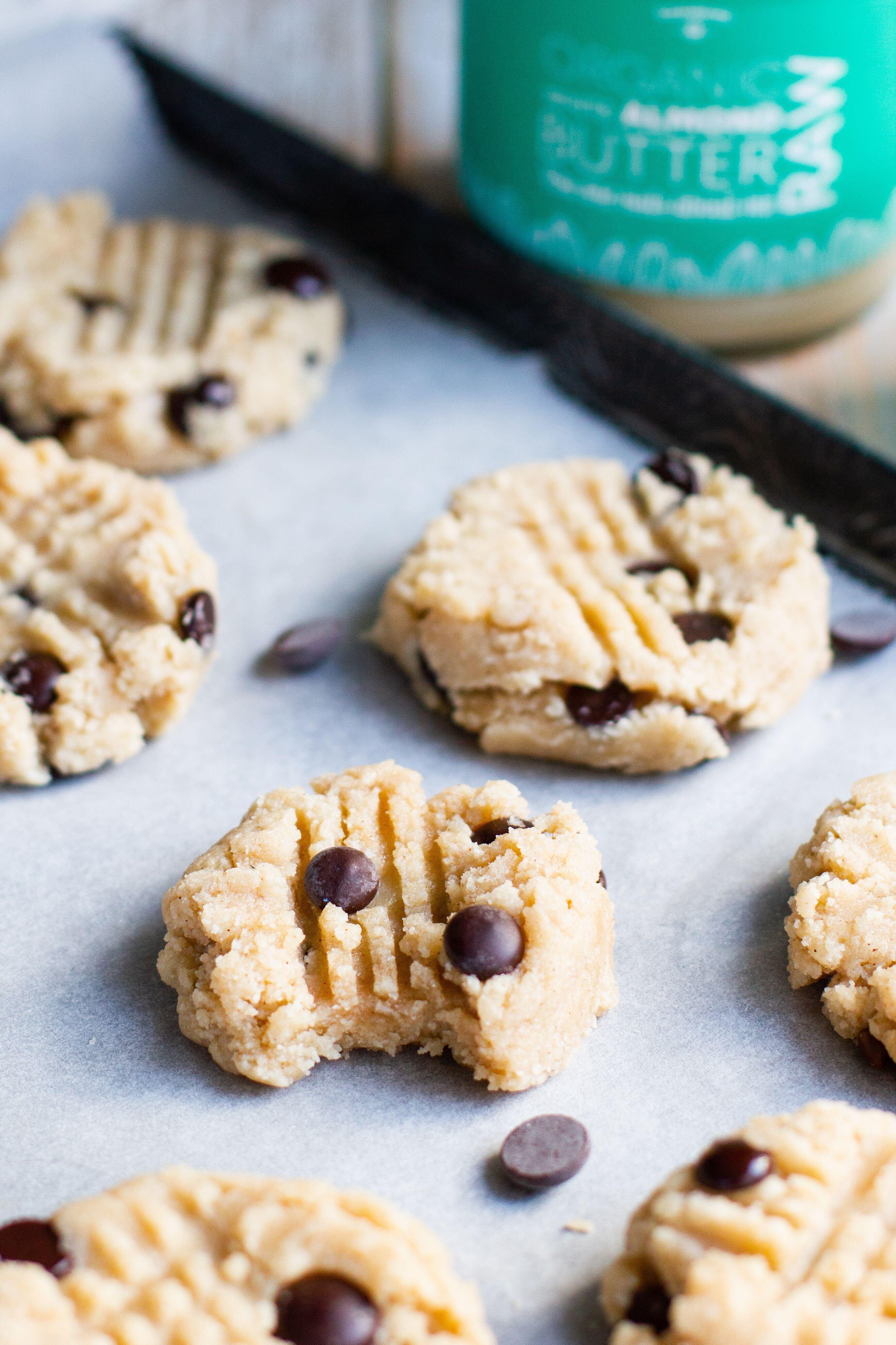 Cookies crus au beurre d'amande