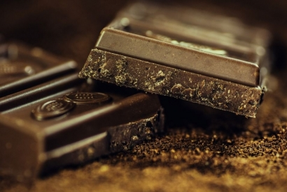 Bouga Cacao, the best fairtrade and healthy dark chocolate